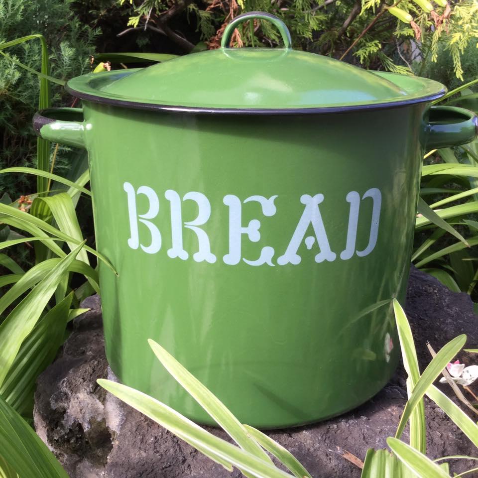 ホーロー Homestead グリーンBREAD缶 [hg01]