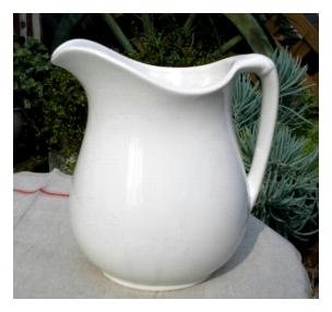 陶器、ガラス 倉敷意匠 ホワイト ピッチャー [BT-12]