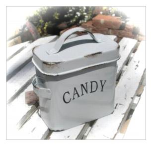 ティアラ ファーマーズバーン キャンディ缶