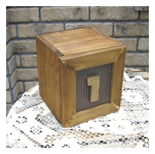 ティアラ ナンバーボックス 1のBOX